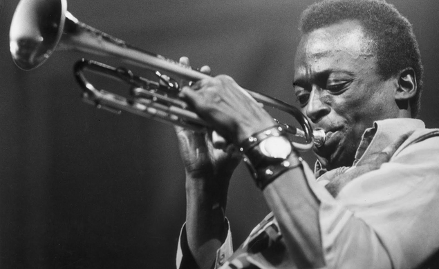 Don Cheadle seeks crowdfunding for his Miles Davis movie