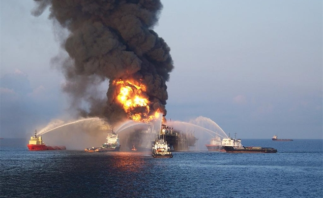 J.C. Chandor is in talks to direct a movie about the Deepwater Horizon explosion