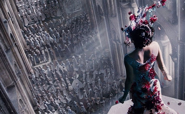 A new Jupiter Ascending trailer looks bonkers, even for the Wachowskis