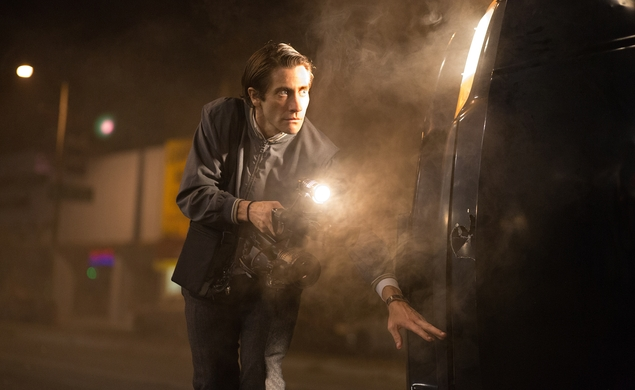 If it bleeds, it leads the Nightcrawler red-band trailer