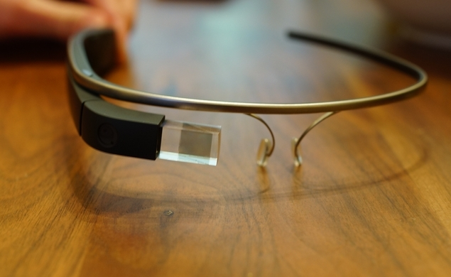 Sorry geeks, Google Glass is now banned in the movie industry
