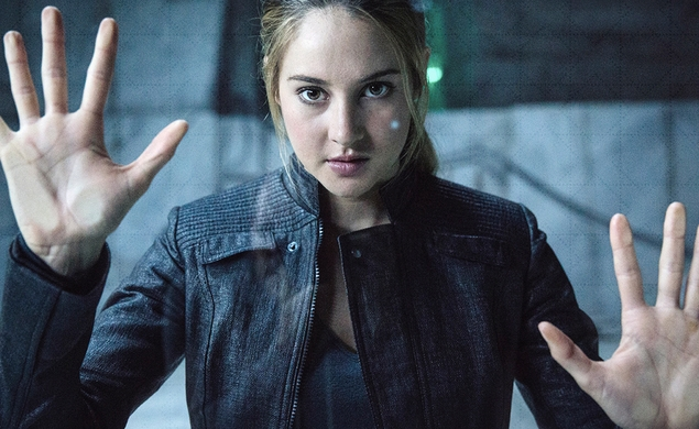 Shailene Woodley could play Edward Snowden's girlfriend in Oliver Stone drama