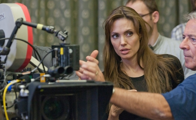 Angelina Jolie's sojourn to Africa has been delayed due to creative differences