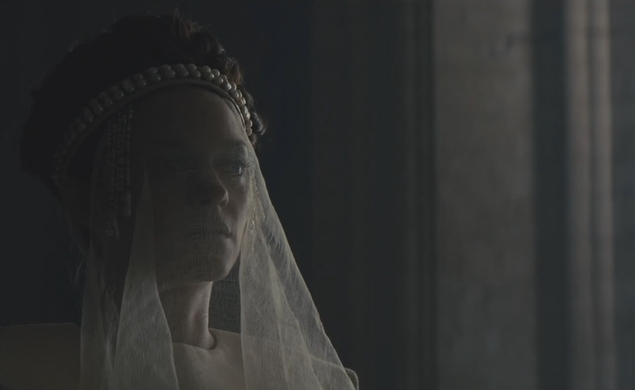 Two new clips from Macbeth show Michael Fassbender brooding and battling