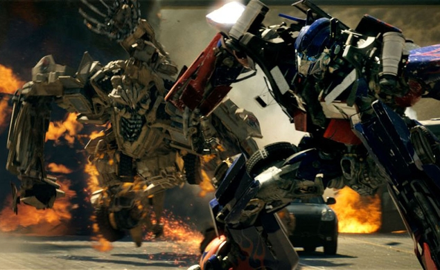"Michael Bay promises a ""much more cinematic"" Transformers 4"