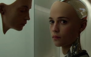 Ex Machina's Alicia Vikander joins Tom Hanks in The Circle