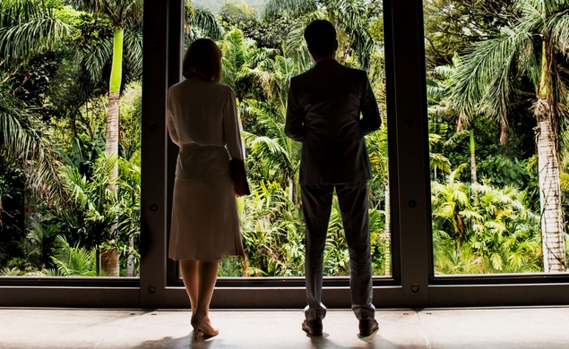 Jurassic World, high heels, and why wardrobe matters