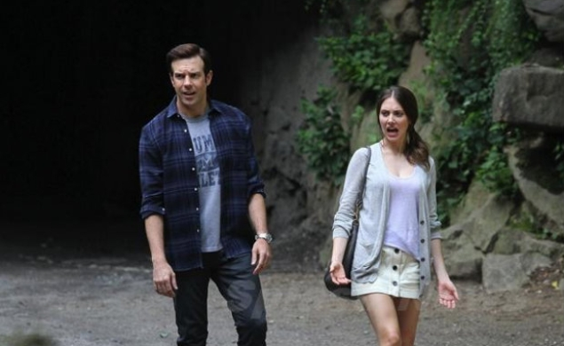 Alison Brie and Jason Sudeikis are Sleeping With Other People