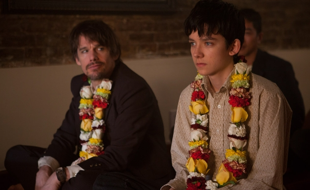 No one understands Asa Butterfield or Hailee Steinfeld in the Ten Thousand Saints trailer