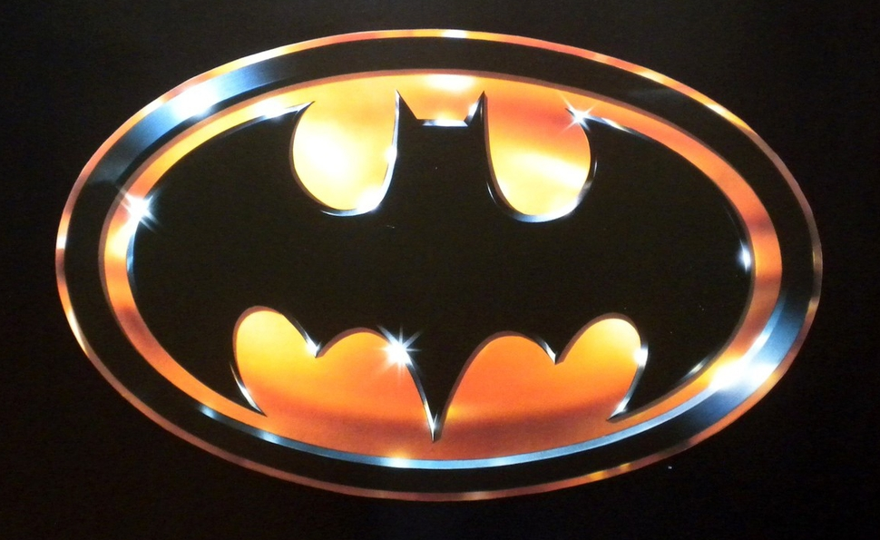 How the 1989 Batman logo helped set the course for superhero movies
