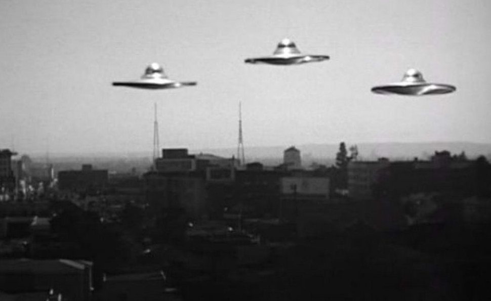 The awful, wonderful integrity of Plan 9 From Outer Space / The Dissolve