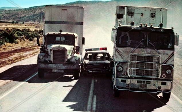 The CB-themed Convoy gave Sam Peckinpah a semi-sized hit / The